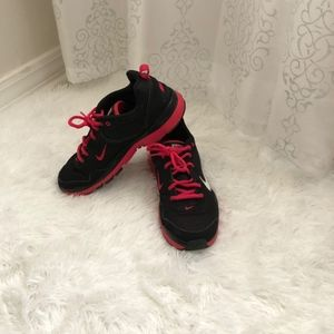 Nike Pink/black